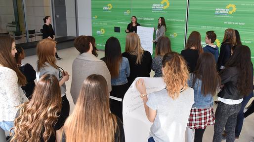 24. März 2015 – Girls'Day: Mädchen in die Politik!