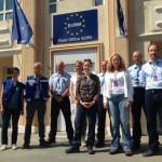 Deutsche Polizisten und Übersetzerin der EUMM in Gori