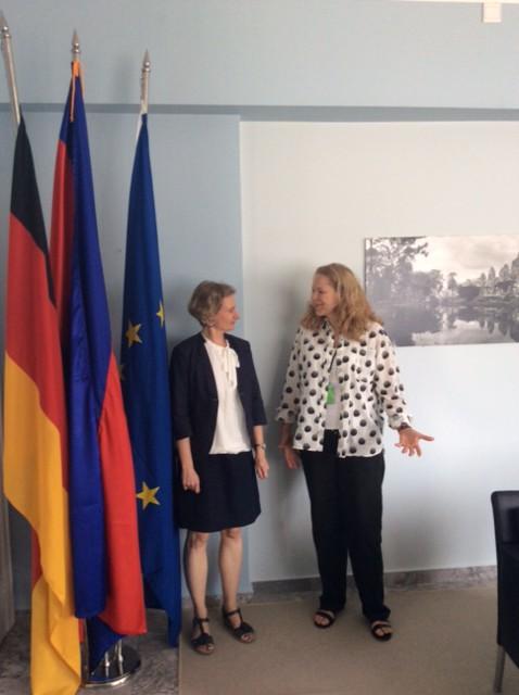 In der deutschen Botschaft