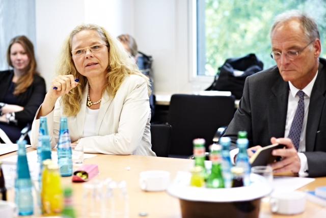 Doris Wagner und Dr. Wolfgang Brezina, Vorstand Personal Allianz Deutschland AG