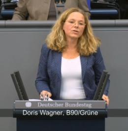 Die Münchner Bundestagsabgeordnete Doris Wagner hält im Plenum des Deutschen Bundestages eine Rede