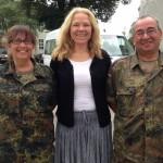 Mit Frau Hauptmann Klauser und Herrn Oberleutnant Bonauer